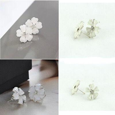 1XFashion Women Five Leaf Flower Silver Plated Rhinestone Crystal Stud Earrings