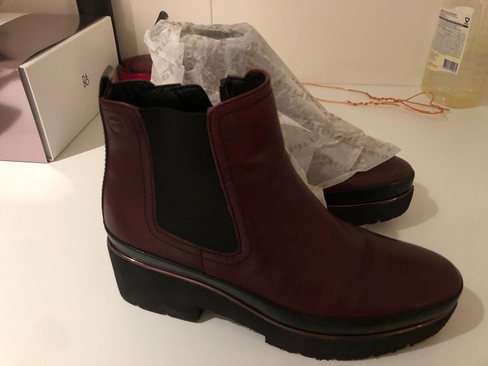 Pure relax sorte skind støvler Tamaris
