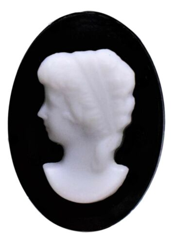 Oval White Woman Cameo Flat-Back Cabochon 18 x 13 mm Germany Vintage