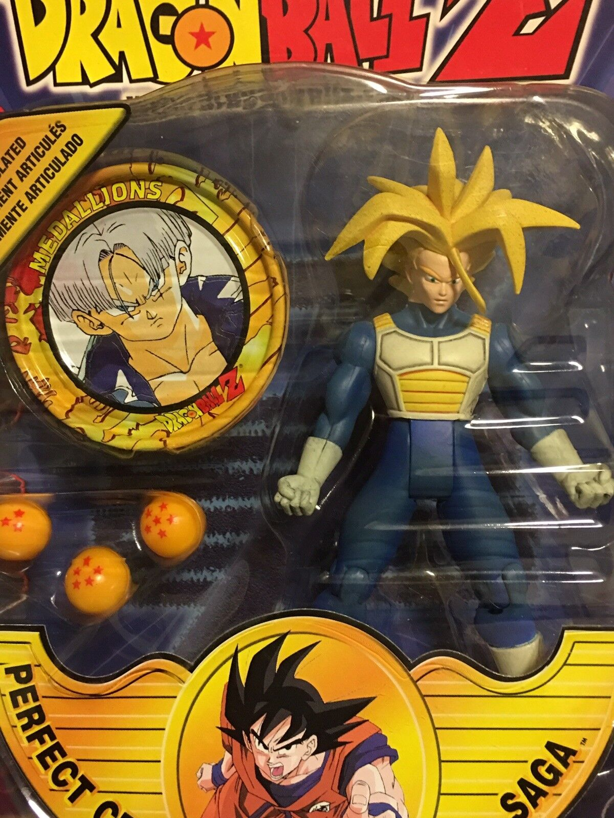 Rare New Irwin 2001 Dragonball Z Trunks Figure Toy with future Trunks Medallion