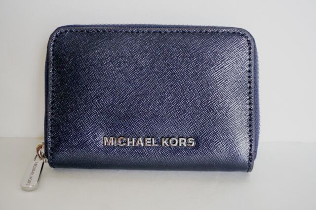 a6b9840bed3a Frequently bought together. Michael Kors Jet Set Travel Zip Around Card Case  ...