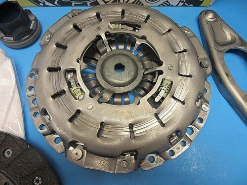 Trans Clutch Kit LUK Replaces OEM# 21207531843 BMW 325Ci 325i 328i 525i Z4 Man