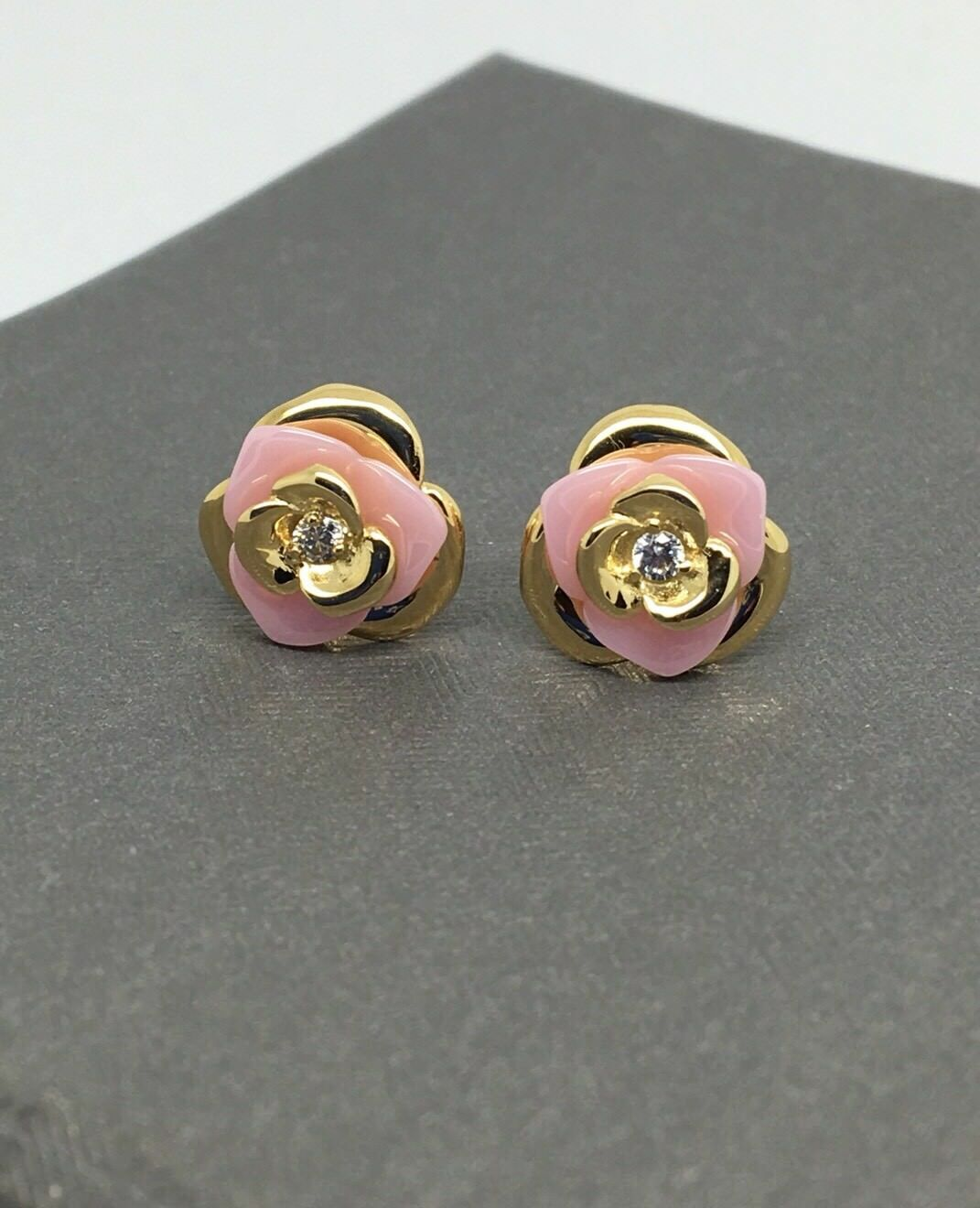 18K Yellow gold CZ Flower Stud Earrings