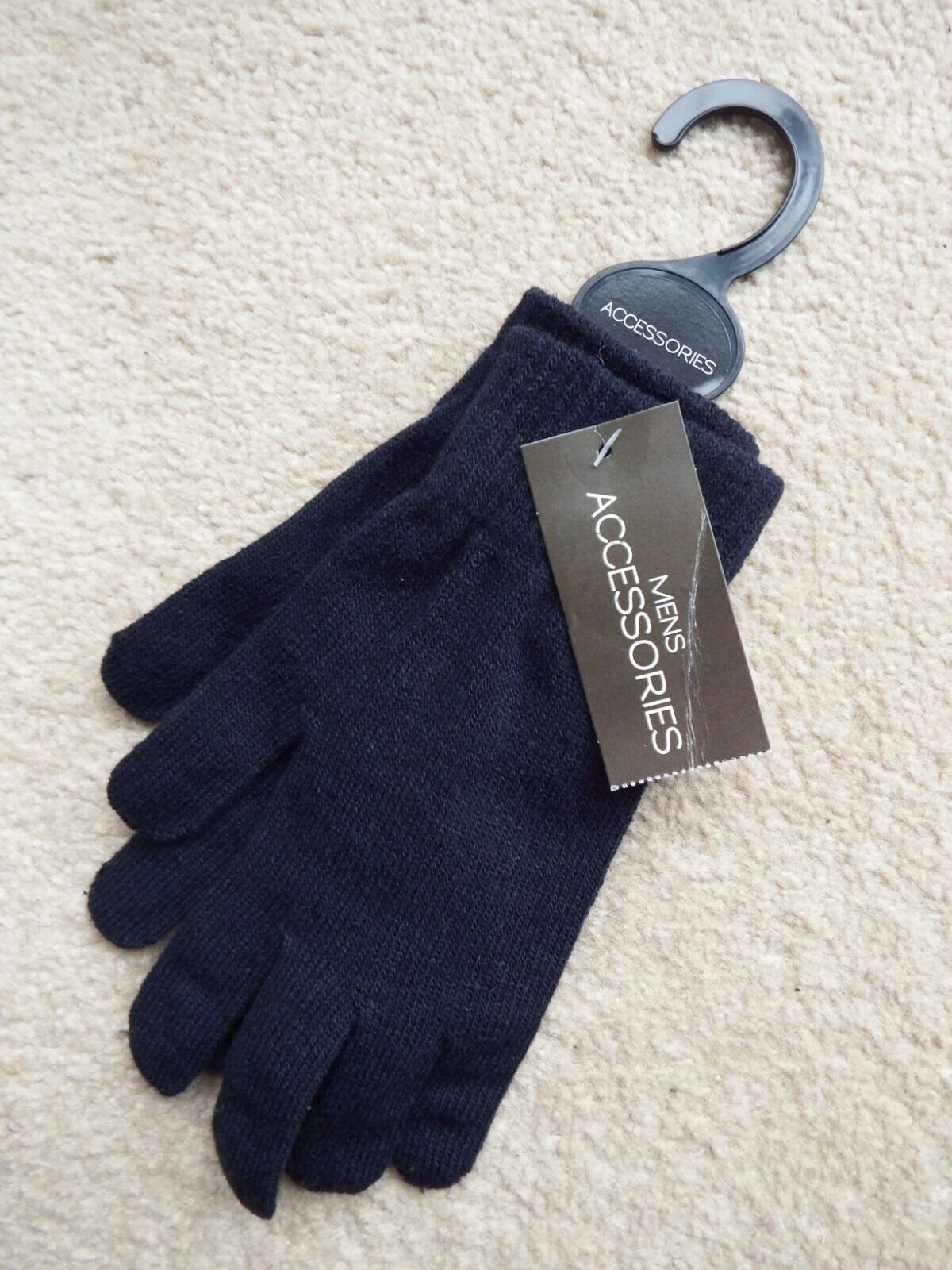 New with tags pair of men's women's unisex winter gloves dark navy blue One size