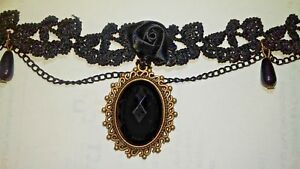 Lovely-Black-Lace-Choker-with-Black-cabachon-and-Teardrops