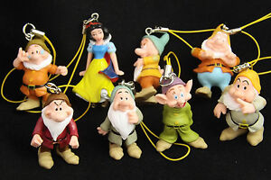 Disneys Snow White 7 Dwarfs: Grumpy, Sleepy, Dopey, Doc, Happy, Sneezy & Bashful