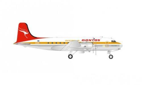 Herpa Wings 1:200 Douglas DC-4 Qantas 570855