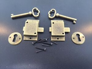2 Curio Cabinet Front Door Key And Lock Set In Antique