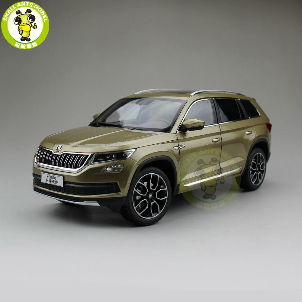 1 18 VW Skoda kodiaq Sport Utility Vehicle Diecast Metal Sport Utility Vehicle Car Model Juguetes Niños Regalo de oro