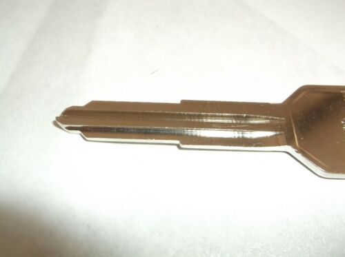 NEW Ilco X213 Keyblank for Mitsubishi and others 10pk T