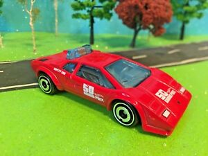 Hot-Wheels-Lamborghini-Countach-Pace-car-50-Grand-Prix-Safety-Car-New-2018