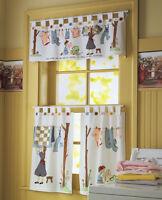 Nostalgic Laundry Room Cafe Curtain Set Mom & Daughter Hanging Clothes Decor