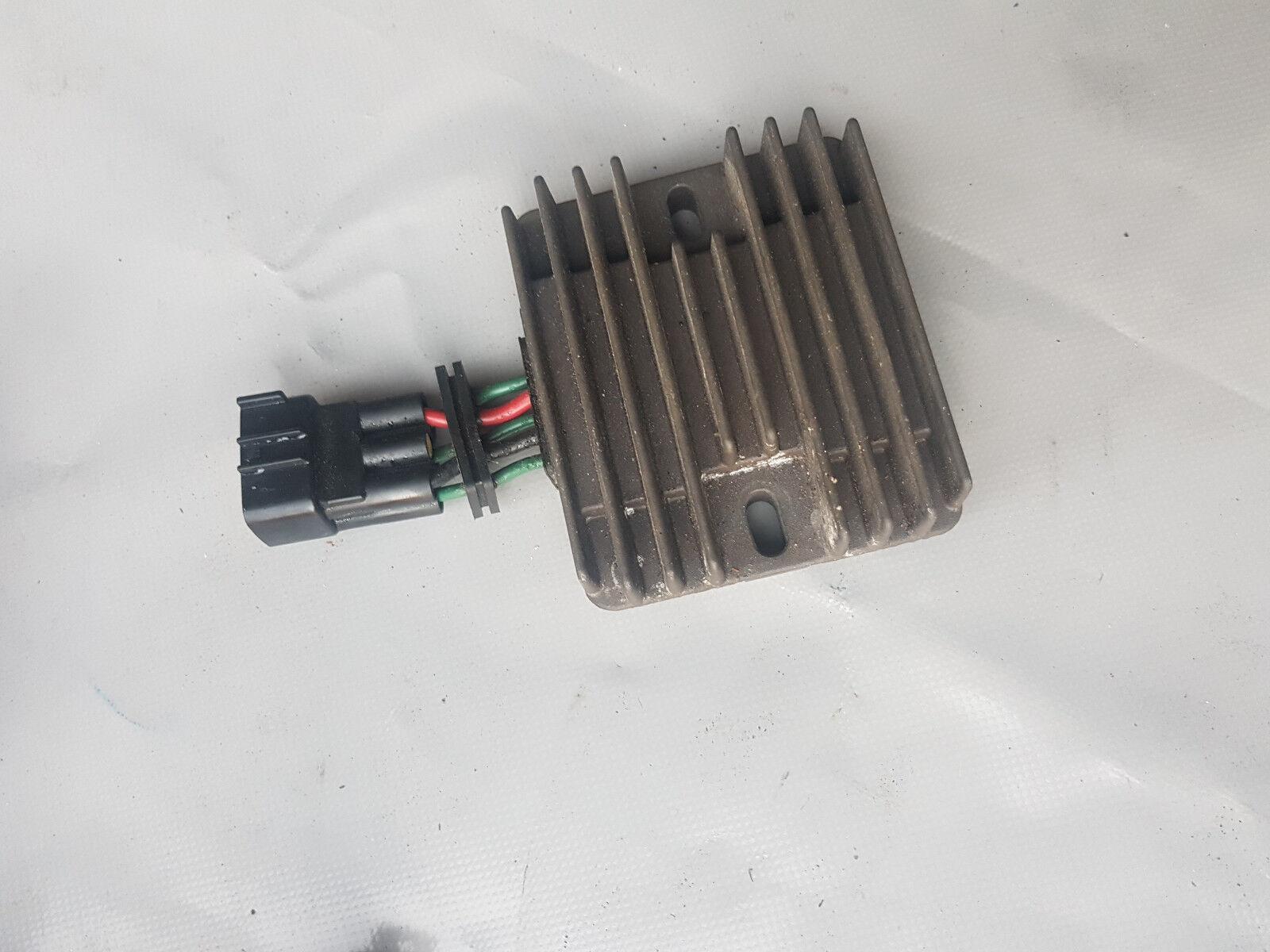 YAMAHA F70 Spannungsregler Gleichrichter Voltage Voltage Voltage c85c91
