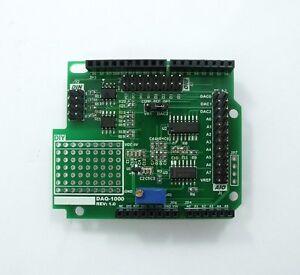 DAQ-1000-3CH-15bit-DAC-10bit-ADC-4DI-DAQ-UNO-R3-DAQ-Shield-CAL-by-Fluke-8846A