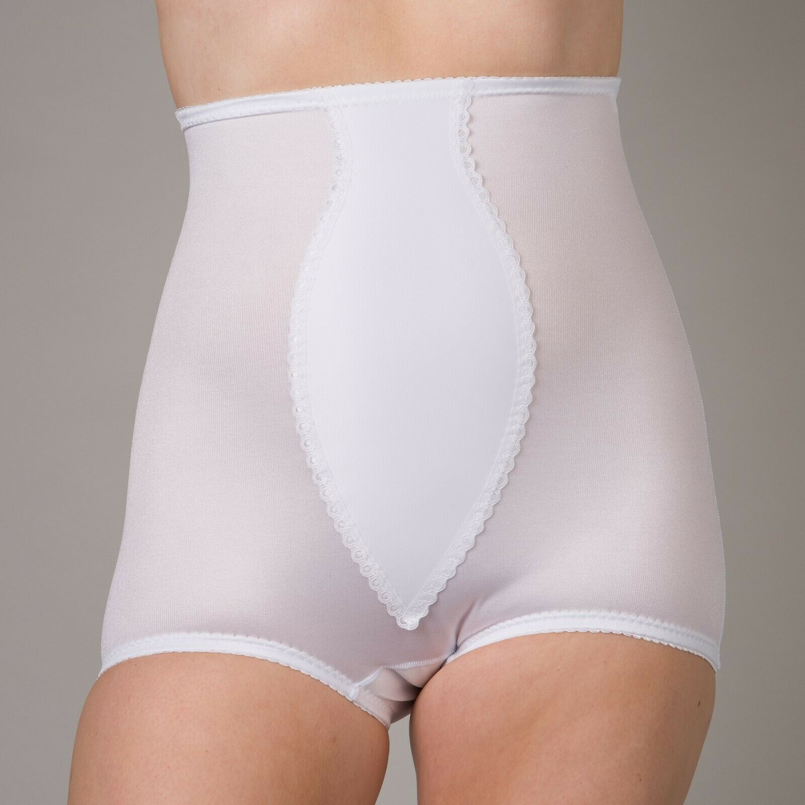Pretty Form DS20 – Medium Control Girdle NEW Made in UK