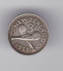New Zealand 1933 Silver Threepence shows 8 Pearls NZ  S-194
