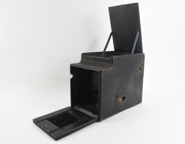 Graflex 4 X 5 R B Auto Large Format Camera Exterior Housing PARTS OR REPAIR V16