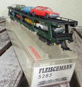 FLEISCHMANN-5285-H0-Autotransportwagen-DDm915-der-DB-mit-Licht-gelb-rot-in-OVP