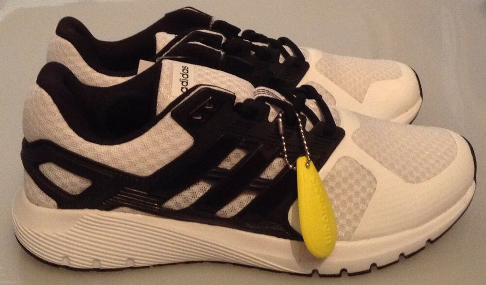 Adidas Duramo 8 Baskets-Blanc-Noir-Neuf dans la boîte-Tailles 6 - 9.5-