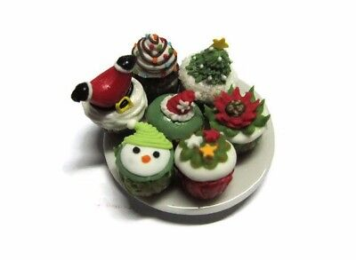 Set of 4 Mix Desserts on PlateDollhouse Miniatures Food Bakery-1
