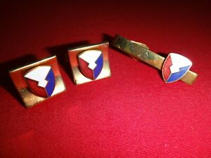 Pair Of US Army MATERIEL COMMAND Gold Tone Cuff Links + Matching Tie Clasp Bar