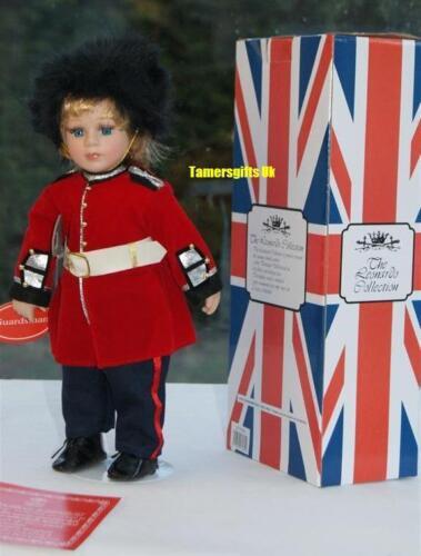 "14/"" Buckingham Palace GUARDSMAN Bambola di porcellana ideale di Londra Souvenir BNEW"