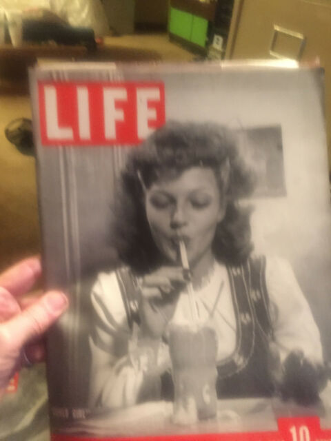 Life MAGAZINE JANUARY 18, 1943----EXCELLENT CONDITION