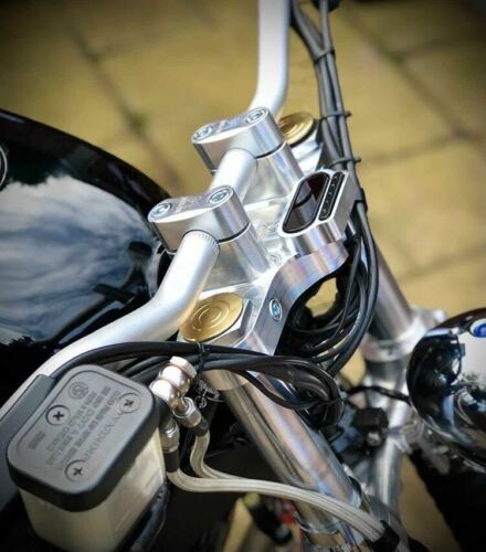 Details about  /BMW R100 Cafe Racer Top Yoke Triple Tree Clamp 36mm /& 38.5mm Forks /& Motogadget