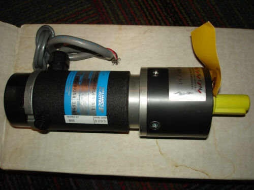 NEW RELIANCE ELECTRIC ELECTROCRAFT SERVO MOTOR 430515 W GYSIN 51 GEAR REDU