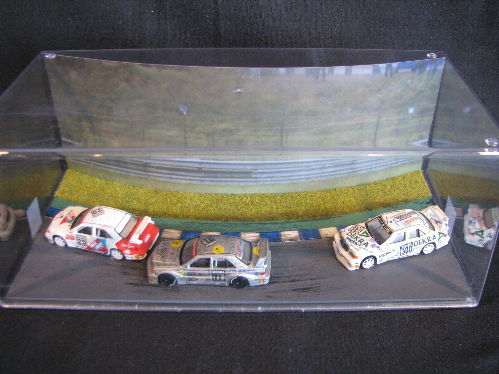 Small Visuals Mercedes-Benz DTM 1993 Diorama with 3 cars 1:64  type 1  JS