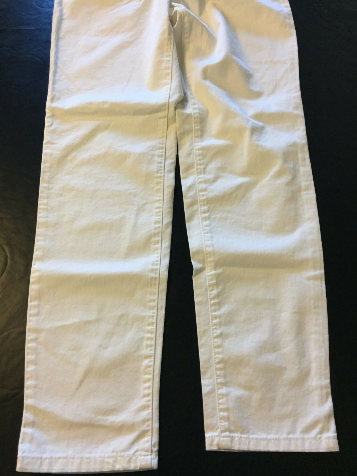 BNWT   Ladies White Versace Jeans Couture Size 30