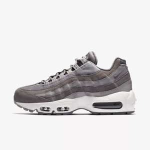 Nike WOMEN'S Air Max 95 LX Gunsmoke SIZE 6 BRAND NEW Velvet