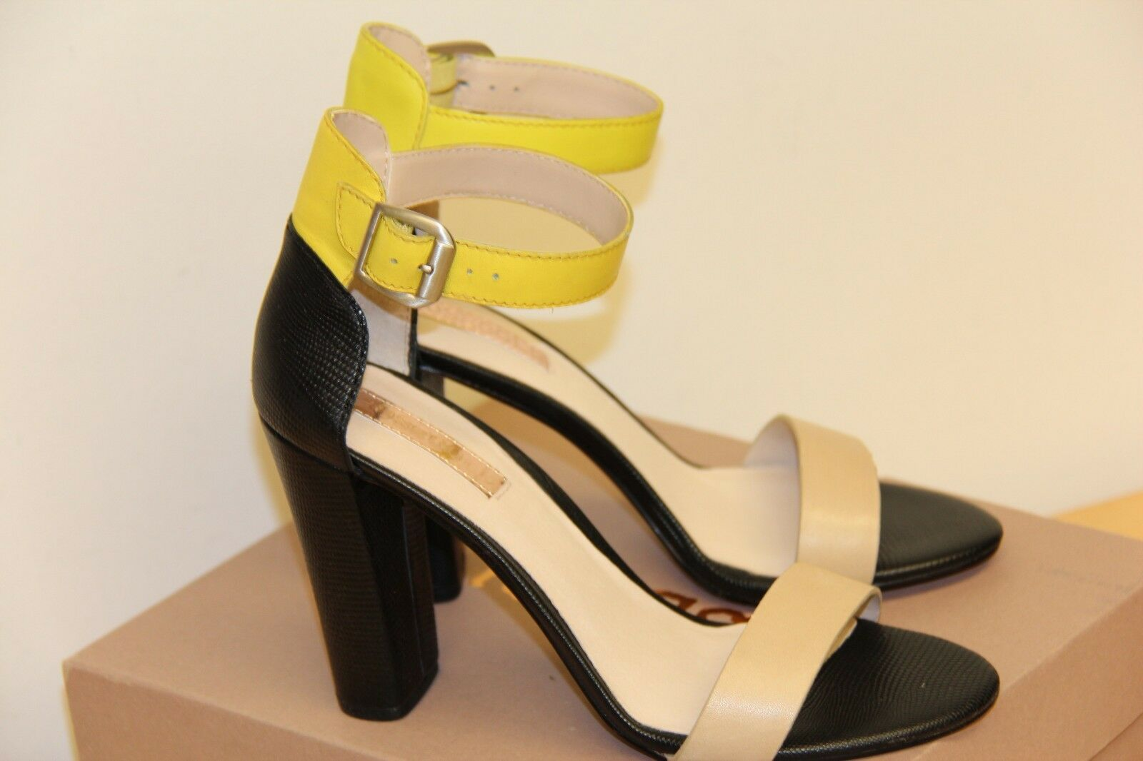 NIB pinkgold ZACK High Heel Leather Sandals shoes Sz 38.5 38.5 38.5 8.5 Bisque Lemon Lime 0122a7