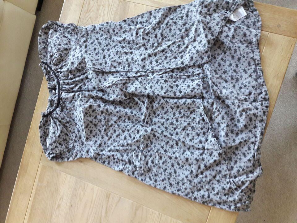 Blandet tøj, Kjoler, nederdel