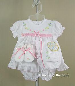 NWT Will'beth White Pleated Ribbon Dress 4pc Newborn 3 6 months Girls w/ bonnet