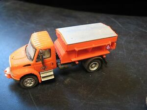 Vintage HO Scale Plastic Orange International Delivery Truck