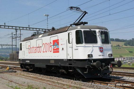 saldi ROCO ROCO ROCO 73252 E-Lok re 420 268-5 SBB Gottardo Gottardo EPOCA VI NUOVO OVP  goditi il 50% di sconto