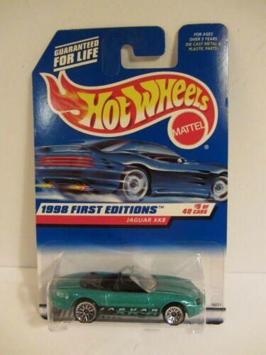Hot Wheels  1998-639  Jaguar XK8  Green  NOC  1:64 Scale 119+ 18221