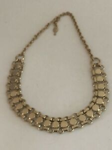 VINTAGE-SARAH-COVENTRY-GOLD-TONE-ROLO-CHAIN-amp-DISK-CHOKER-NECKLACE-W-HOOK-CLASP