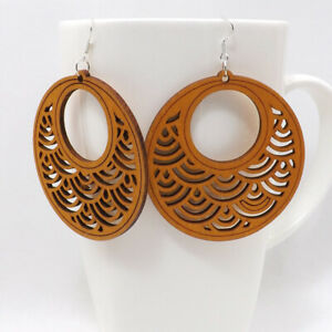 Details About 1 Pair Good Quality Round Hollow Woman Wooden Earrings Pendant 6cm 2 4 E39