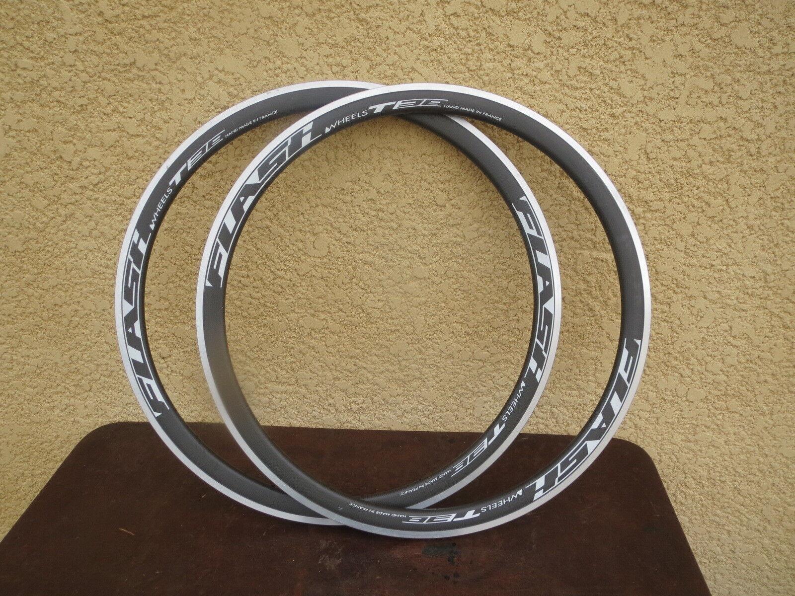 Par llantas de bicicleta FLASH RUEDAS T 38 aluminio carbone hecho a mano