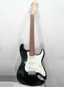 Isold Logo Photogenic Double Cutterway Electric Guitar Black Cream White And
