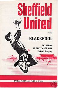 SHEFFIELD-UTD-V-BLACKPOOL-2ND-DIVISION-28-9-68