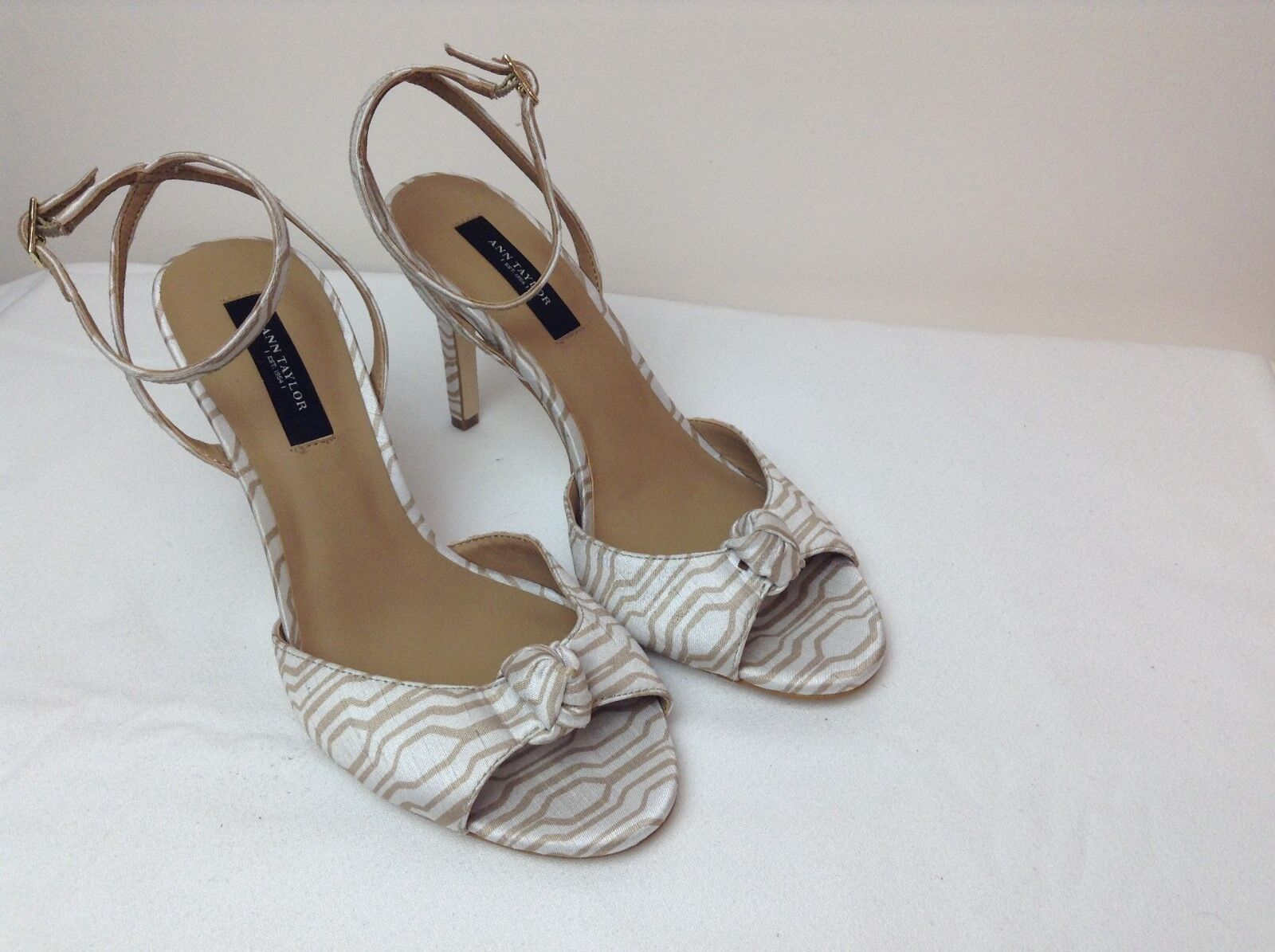 Ann Taylor Women's Size 7.5 Ankle B/M Knotted Peep Toe Ankle 7.5 Strap High Heels 4d93d0