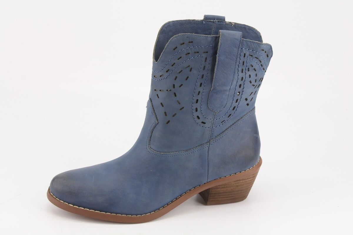 150 NEW Guess Dailie bluee Leather Short Boots sz 6 Western Booties