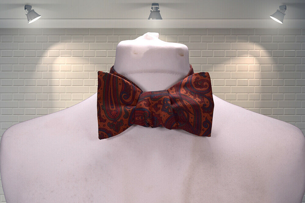 IMMACULATE Vintage LIBERTY English Silk Paisley Print Self Tying Bow Tie