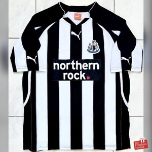 Authentic Puma Newcastle United 2010/11 Home Jersey. Size L, Fair Condition.