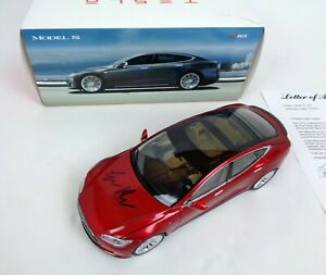 Elon-Musk-SpaceX-Tesla-Signed-Autograph-Model-S-Diecast-Car-PSA-DNA-COA