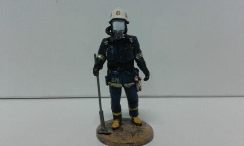 BOM 063 BOMBERO,POMPIER,FIREMAN STOCKHOLM SWEDEN 2003 DEL PRADO 1//32