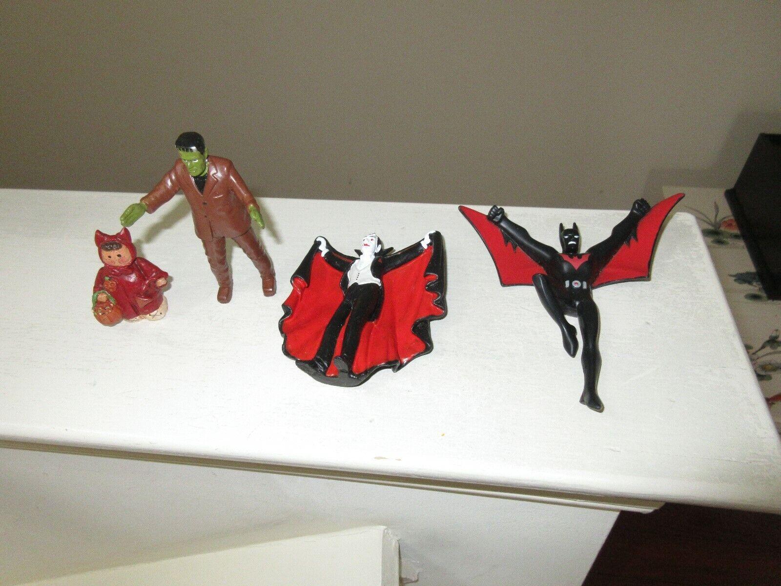 Haloween , Action Figures , Bat , Frankenstein , Dracul
